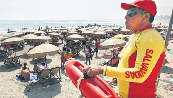 Salvavidas rescataron a 1.210 bañistas en playas de Lima