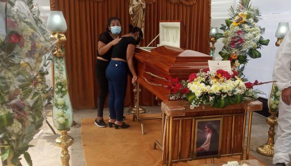 Los restos de la mujer ya son velados en Lambayeque. Ella había viajado a Lima para sufragar en las elecciones generales del 11 de abril. (Foto Sandro Chambergo)