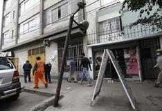Breña: decenas de postes son un riesgo y cinco están a punto de caer sobre los peatones
