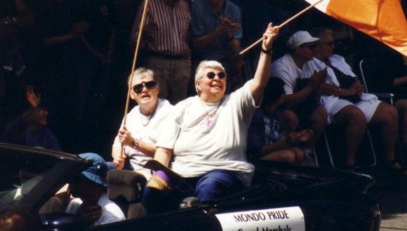 Grand Marshalls de Vancouver Pride en 1999: Bridget Coll y Chris Morrissey (CHRIS MORRISSEY)