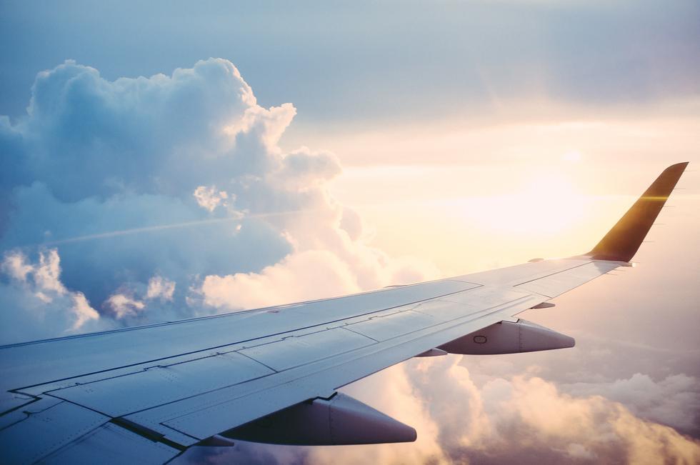 Pieza del avión casi se desprende en pleno vuelo (Foto referencial: Pixabay)
