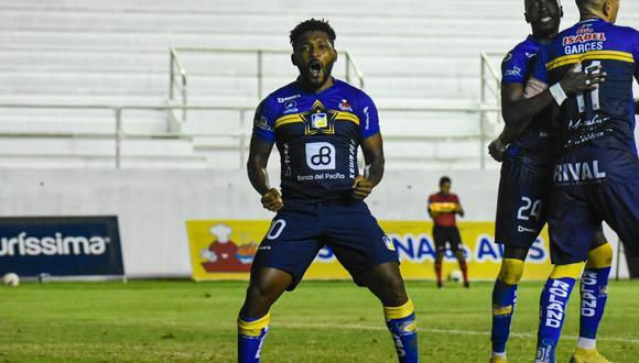 Delfín derrotó 2-0 a Emelec en el reinicio de la Liga Pro | Foto: @DelfinSC