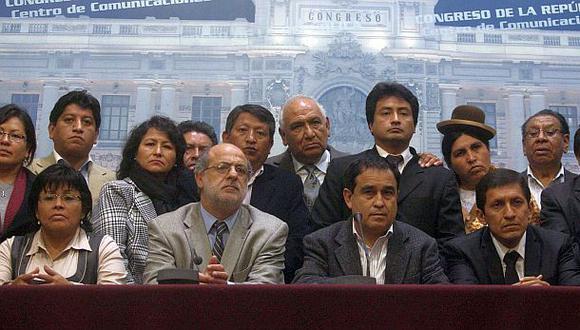 Gana Perú no tiene apuro en analizar denuncias contra Uribe