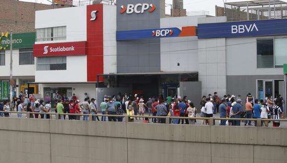 Los bancos u otras entidades del sistema financiero frenarán el cobro automático de los pagos pendientes por deudas (Foto: GEC)