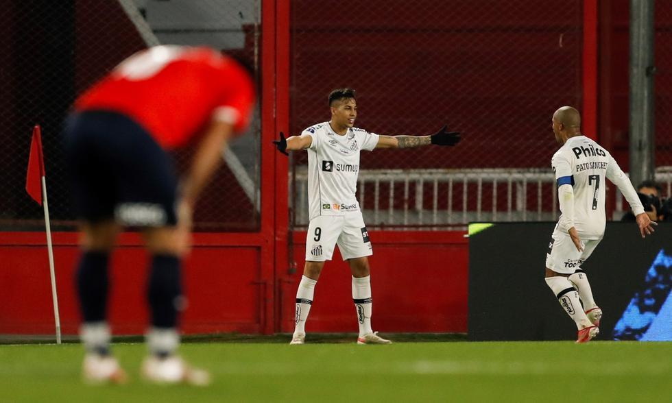 Independiente vs. Santos: las imágenes del partido por la Copa Sudamericana   Foto: EFE