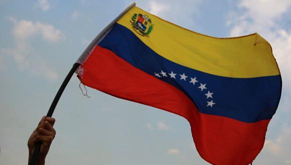 """Juan Guaidó anunció el sábado que se creó una """"coalición de ayuda humanitaria"""" con centros de acopio desde la ciudad colombiana de Cúcuta, Brasil y una isla del Caribe. (Foto referencial: EFE)"""
