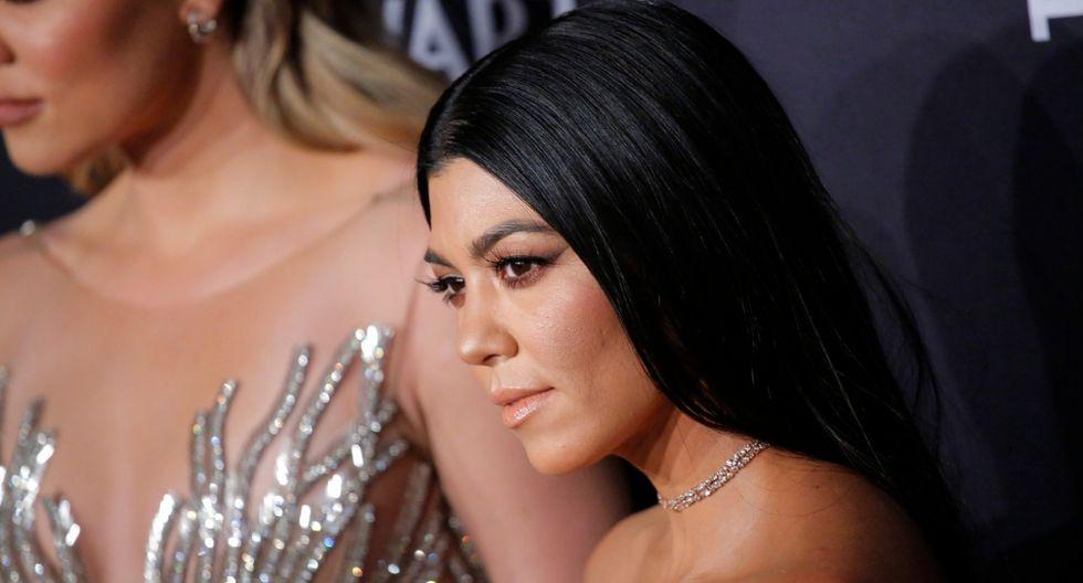 Kourtney Kardashian acaloró a miles de sus fans con una foto en bikini. (AFP)