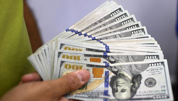 El dólar se vendía a S/3,56 en las casas de cambio este miércoles. (Foto: AFP)