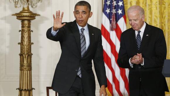 Obama y Biden trotan por la primera dama en la Casa Blanca