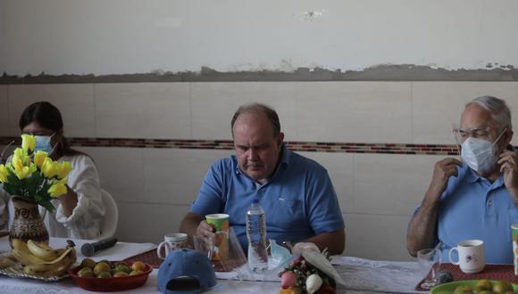 Rafael López Aliaga estuvo acompañado de Jorge Montoya, candidato a la segunda vicepresidencia.