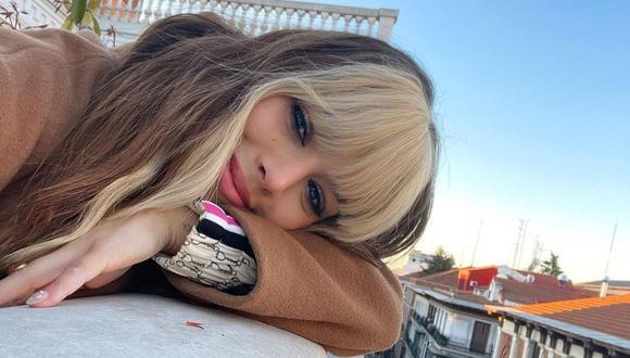 """Danna Paola mostró algunas imágenes al lado de sus amigos de """"Élite"""" en España. (Foto: Instagram / @dannapaola)"""