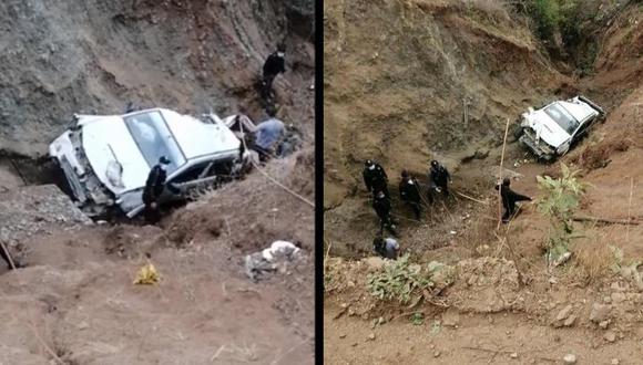 Policías descendieron varios metros para rescatar los cadáveres, que incluso estaban dispersos por la zona rocosa. (Foto:: PNP).