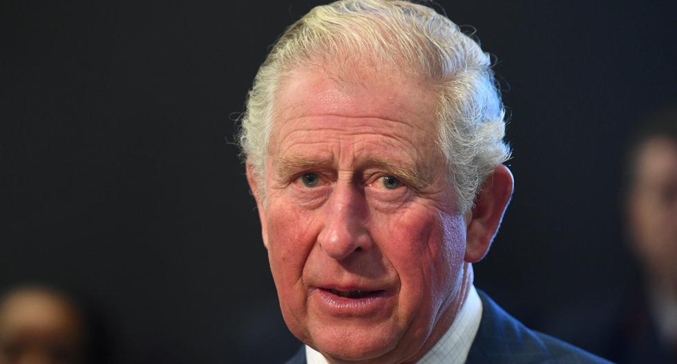 El príncipe Carlos de Inglaterra da positivo a coronavirus. /Victoria Jones/Pool via REUTERS/File Photo).