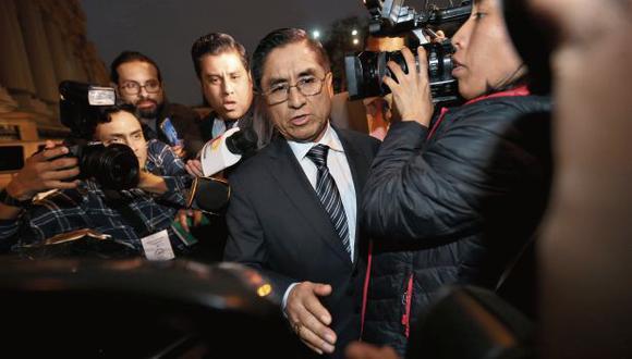 César Hinostroza deberá responder en el Perú por sus vínculos con Los Cuellos Blancos del Puerto (Foto: GEC)
