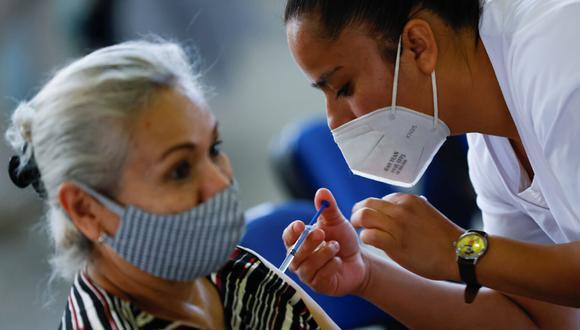 El proceso de vacunación continúa en México. (Foto: Reuters)