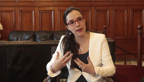 La legisladora de Nuevo Perú brindó una entrevista a El Comercio.