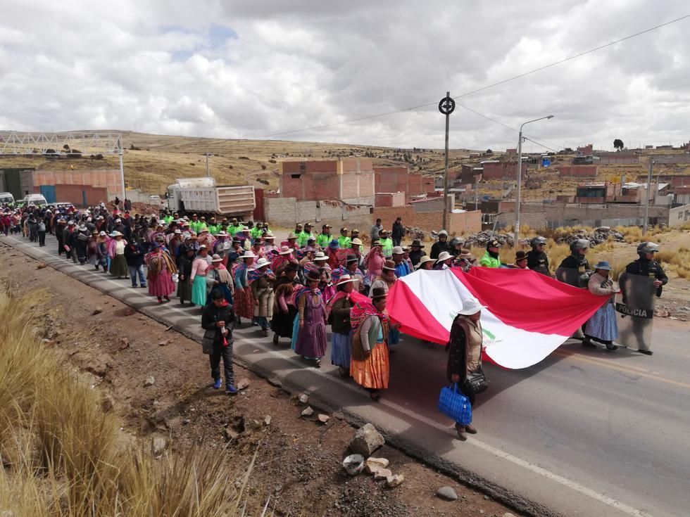Paro de 48 horas en Puno deja cuatro personas detenidas y dos intervenidas. (Foto: Carlos Fernández)