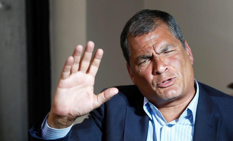 Rafael Correa no podrá ser reelegido como presidente de Ecuador tras el referéndum impulsado por su sucesor, Lenín Moreno. (Foto: EFE/José Jácome)