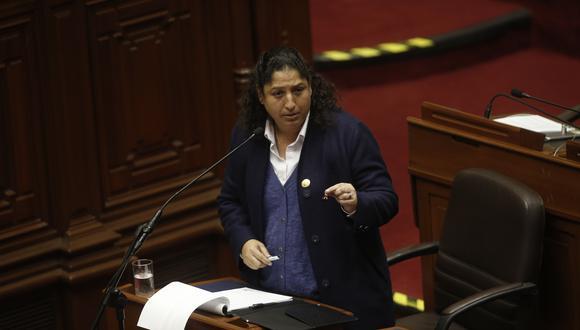 """La ministra Fabiola Muñoz señaló que todos en el gabinete están """"absolutamente llanos"""" a que se les investigue. (Mario Zapata/GEC)"""