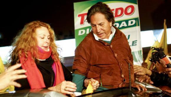 La cómplice de Toledo, la columna de Cecilia Valenzuela