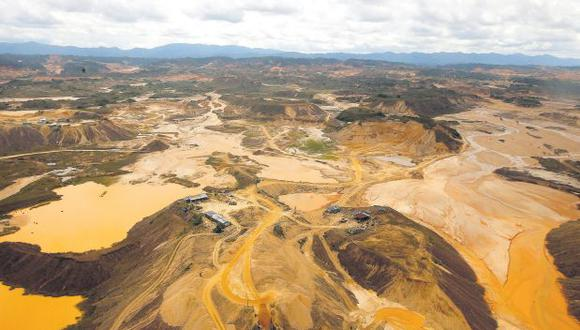 La minería ilegal de oro ha destruido cerca de 50 mil hectáreas de bosque en Madre de Dios. Una de las zonas más afectadas es la Reserva Nacional de Tambopata.(Dante Piaggio/El Comercio)