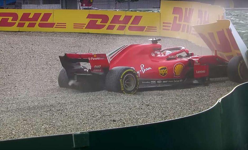 Su mala suerte fue aprovechada por su máximo perseguidor en la tabla, el inglés Lewis Hamilton. (Youtube)