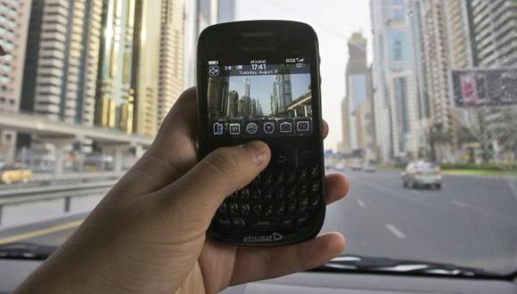 Blackberry espera volver a generar ganancias en 2016