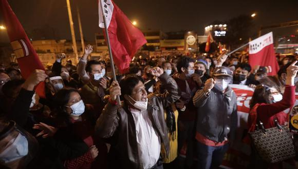 """El secretario de profesionales de Perú Libre, Emerson López, aseguró que las bases de su agrupación busca dotar de """"cuadros nuevos"""" al Gobierno. (Foto: El Comercio)"""