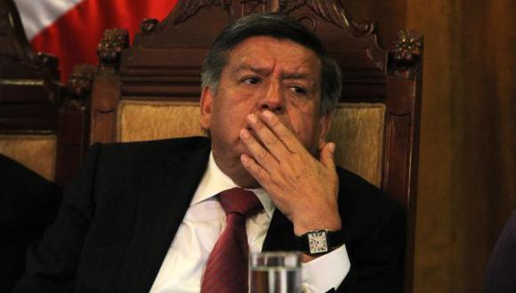 César Acuña afronta nueva denuncia ante el JNE