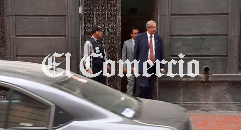 Daniel Mora, todavía candidato al Parlamento, permaneció en el Ministerio Público hasta minutos antes de la 5 de la tarde. (Foto: El Comercio)