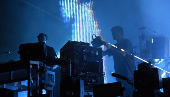 "The Chemical Brothers lanzarán un nuevo tema llamado ""The Darkness That You Fear"". (Foto:BERTRAND GUAY / AFP)"