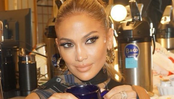 Jennifer Lopez se vuelve a robar suspiro de sus fans tras posar en bikini (Foto: Instagram)