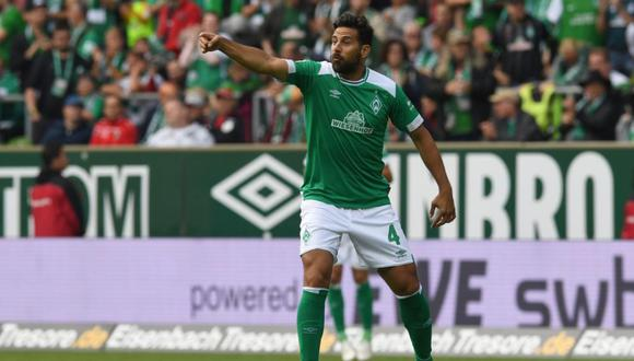 """Claudio Pizarro hizo su ingreso a los 67' minutos en reemplazo de Florian Kainz. El """"Bombardero de los Andes"""" tuvo tres opciones clara de gol para el Werder Bremen. (Foto: BILD)"""