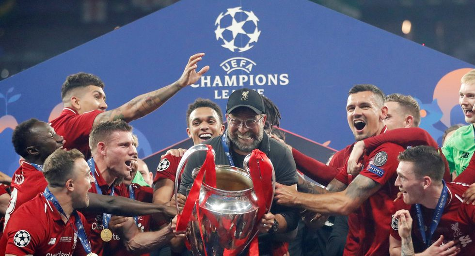Jürgen Klopp ganó la Champions League en la tercera final que la disputa. Su balance en finales aún es negativa, pero ya se hizo del trofeo más deseado. (Foto: Reuters)