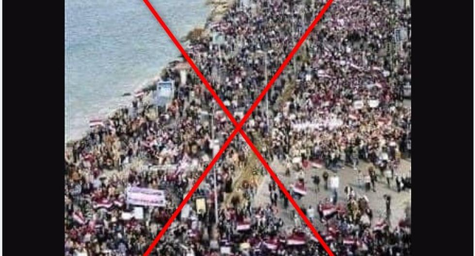 Protests in Cuba: Viral photo is not of the Havana Malecón, it is a protest in Egypt in 2011