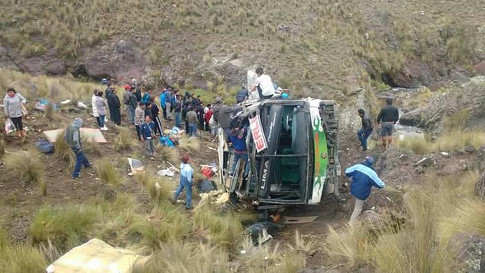 Caída de bus a un abismo deja 7 muertos en Ayacucho