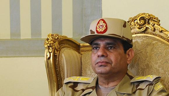 Retrato de Abdelfattah Al Sisi, de cuando era ministro de defensa egipcio, en el 2013. REUTERS