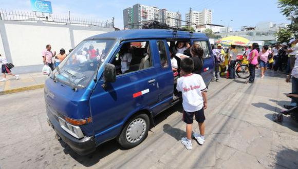 Colegios que no registren sus movilidades serán multados