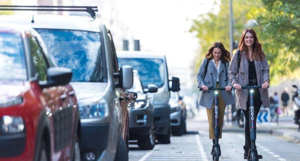 Los scooters eléctricos se han convertido en una alternativa de transporte. (Movo)