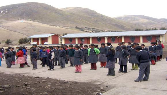 Alumnos de Ubinas estudiarán en diversos colegios de Moquegua