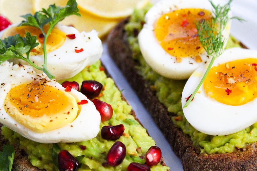 """Hay algunos <a href=""""https://mag.elcomercio.pe/noticias/alimentos/""""><font color=""""blue"""">alimentos</font></a> que se podrían comer a diario para tener un estilo de vida saludable gracias a su infinidad de propiedades nutricionales, pese a que a algunos de ellos tengan una mala fama ganada. (Foto: Trang Doan / Pexels)"""
