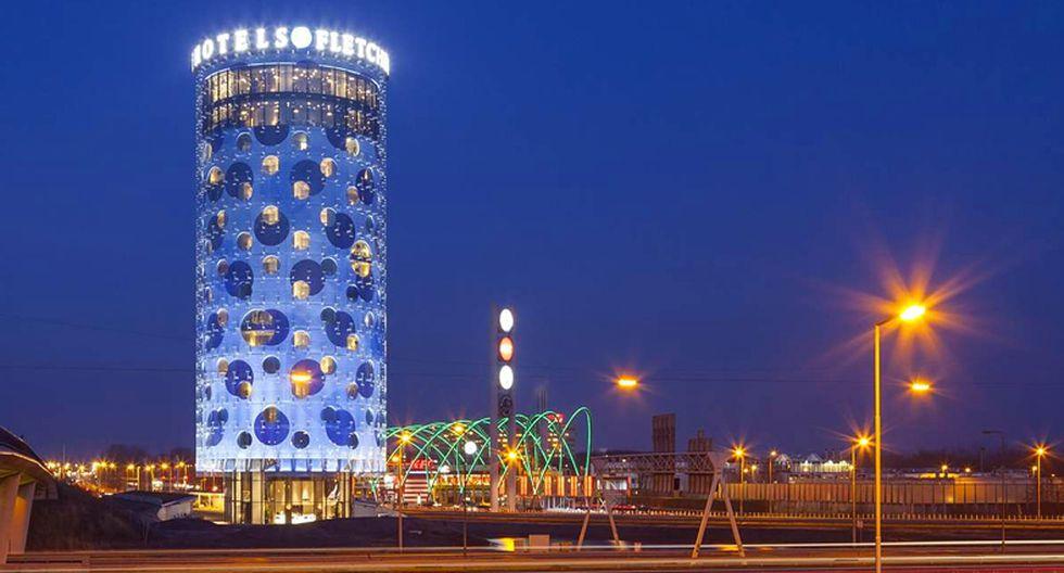 El Hotel Fletcher está ubicado en las afueras de Ámsterdam y se ha convertido en un edificio icónico en la zona por su diseño futurista. (Fotos: www.fletcherhotelamsterdam.nl)
