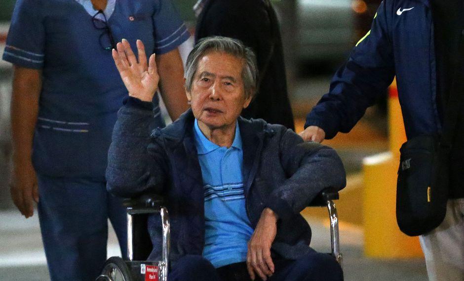 Los problemas de salud de Alberto Fujimori han sido recurrentes en los últimos años que vivió en prisión, pero esta es la primera vez que los sufre desde que el presidente Pedro Pablo Kuczynski (PPK) lo indultó en la pasada Navidad por razones humanitarias. (Foto: AFP)