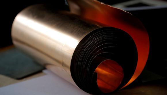 Muchos analistas creen que la creciente demanda de cobre en infraestructura y electrificación provocará escasez. (Foto: Reuters)