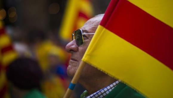 Cataluña desafía a Madrid y ratifica consulta independentista