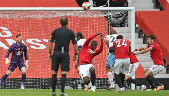 La mano de Paul Pogba que acabó en gol penal contra Manchester United. (Foto: AFP)