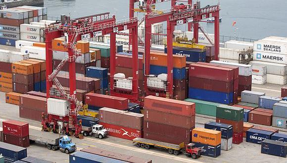 Según Adex, 19 de las 23 regiones del interior del país tienen al sector tradicional como el más importante entre las exportaciones. (Foto: Archivo El Comercio)