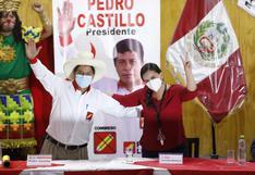 Verónika Mendoza firma acuerdo de respaldo a candidatura de Pedro Castillo para la segunda vuelta electoral