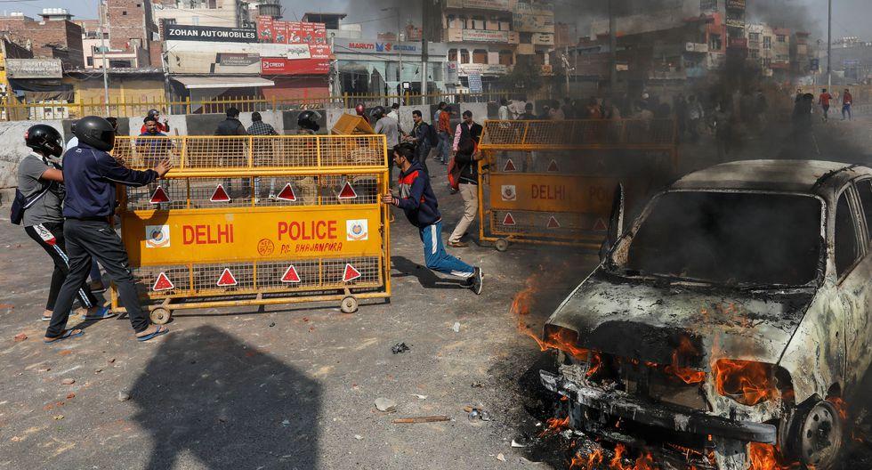 El metro de la capital informó por su parte del cierre de cinco estaciones en la zona donde se produjeron los choques violentos, que ya se reprodujeron durante el fin de semana. (Reuters)