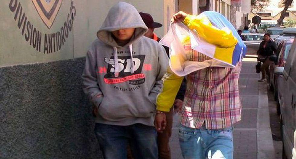 Tacna: colombianos escondían marihuana en llantas de vehículo